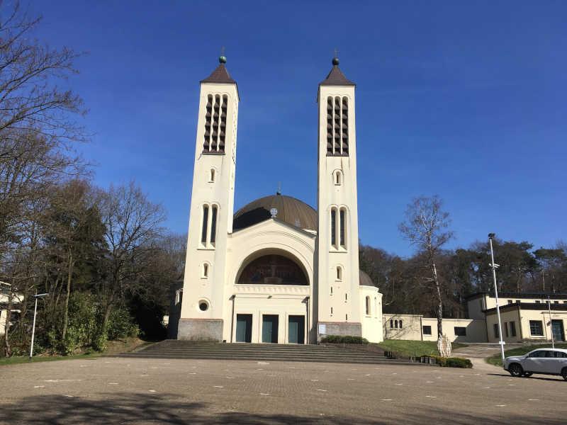 Cenakelkerk Heilig Landstichting